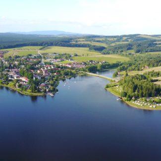 Camping Resort Frymburk - vue aérienne